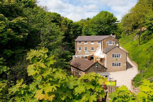 Mill Beck, Whitby, YO22 4UQ, England.