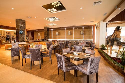 Crown Vista Hotel photo 19