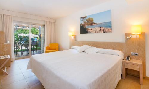 Iberostar Pinos Park room photos