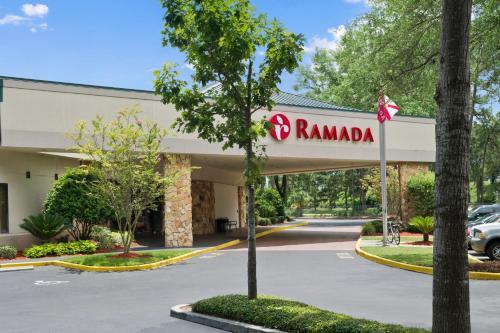 Ramada Hotel & Conference Center By Wyndham Jacksonville - Jacksonville, FL 32257