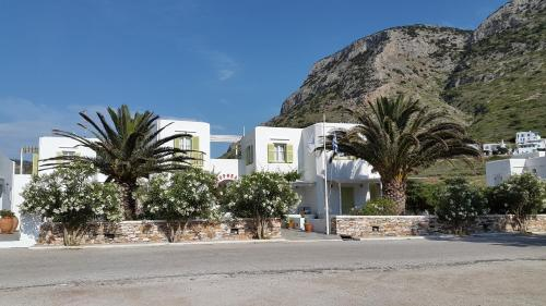 Morpheas Pension Rooms And Apartments
