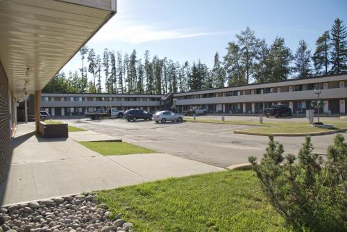 Canadas Best Value Inn Whitecourt - Whitecourt, AB T7S 1N8