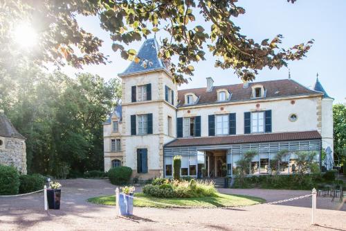 Kasteel-overnachting met je hond in Château de Champlong Table Hôtel **** Golf & Spa - Villerest