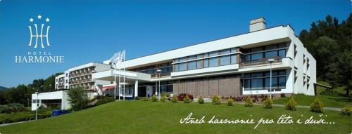 __{offers.Best_flights}__ Hotel Harmonie