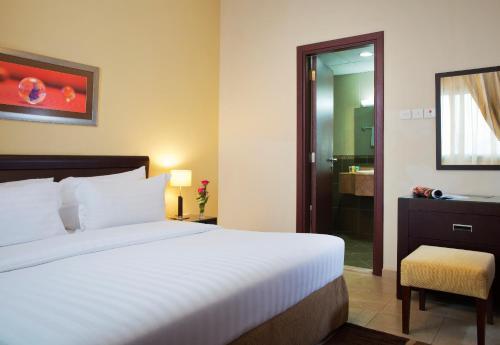 TIME Topaz Hotel Apartment room photos