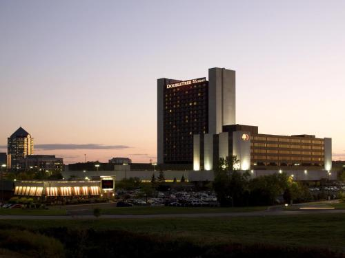 Doubletree By Hilton Hotel Minneapolis-Bloomington South