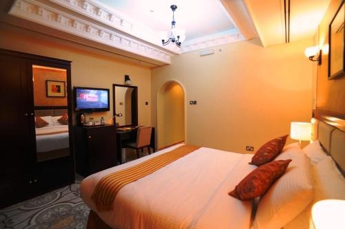 Al Jazeera Royal Hotel photo 22
