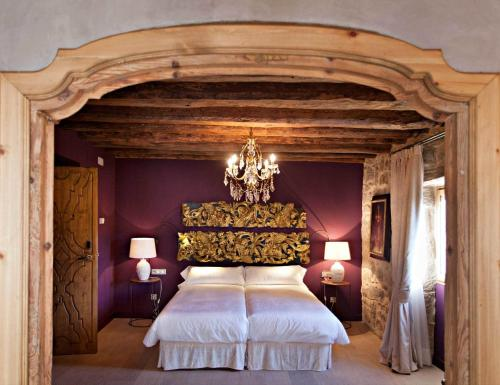 Double or Twin Room with Mountain View La Vella Farga Hotel 15