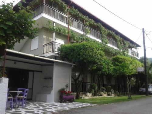 . Helena Apartments