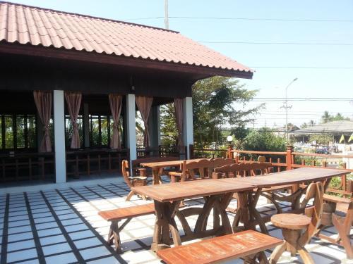 Thong Paeka Hotel 5