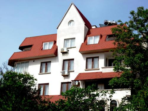 . Hotel VALDI