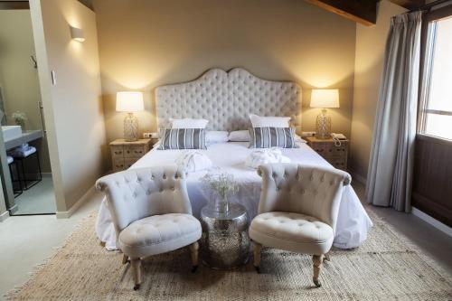 Suite Junior con terraza Hotel Mas De Cebrian 46