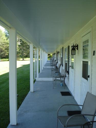 Ducktrap Motel - Lincolnville, ME 04849