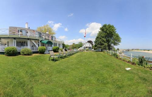 Terrace By The Sea - Ogunquit, ME 03907