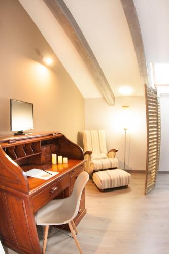 Double Room With Sloping Roof - single occupancy Hotel Teatrisso 2