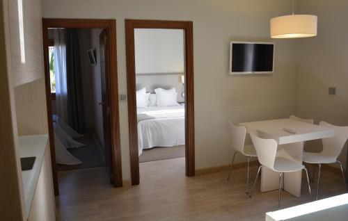 Two-Bedroom Apartment Tinas de Pechon 9
