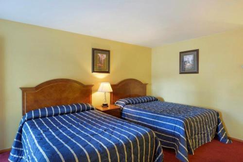 Sunset Motel - Hillsborough, NJ 08876