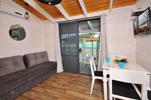 1 베드룸 샬레 (One-Bedroom Chalet)