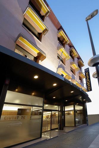 . Hotel Ciutat de Tarrega