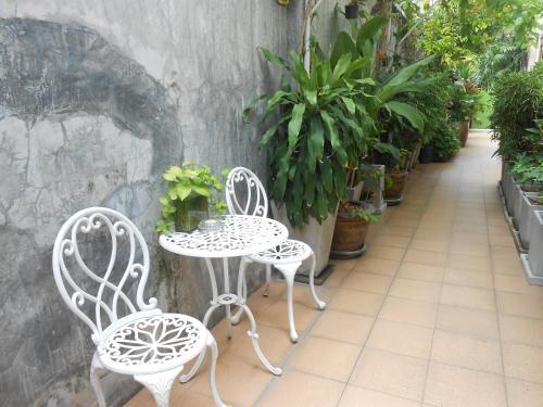 The Bang Khun Phrom Suites photo 9