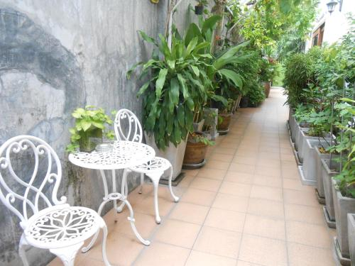 The Bang Khun Phrom Suites photo 15