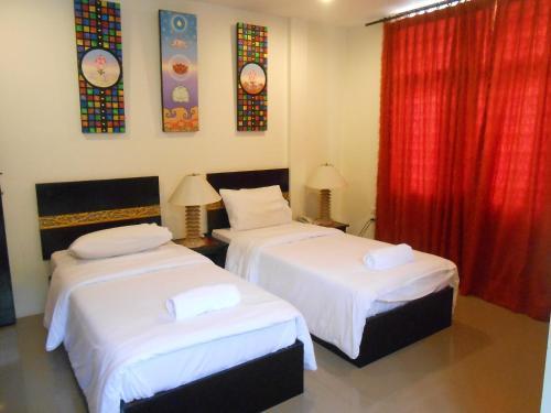 The Bang Khun Phrom Suites photo 28