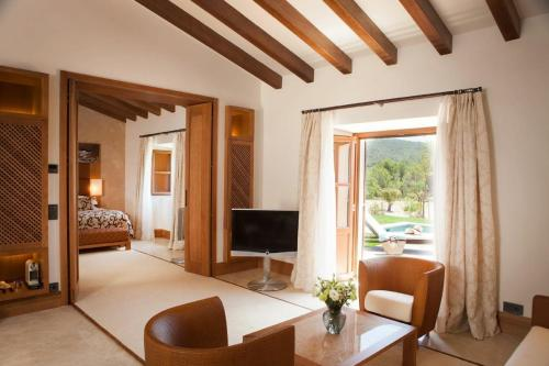 Suite con piscina privada Castell Son Claret - The Leading Hotels of the World 21