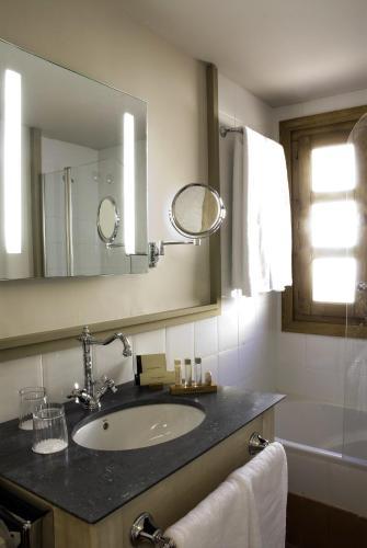 Habitación (1 o 2 adultos) - 1 o 2 camas Hotel San Antonio el Real 10