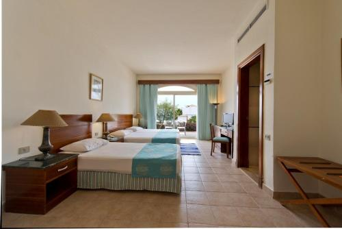 Camera Matrimoniale/Doppia con Letti Singoli con Vista Mare  (Double or Twin Room with Sea View)