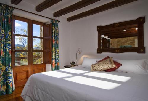 Superior Double Room - single occupancy La Torre del Visco - Relais & Châteaux 13