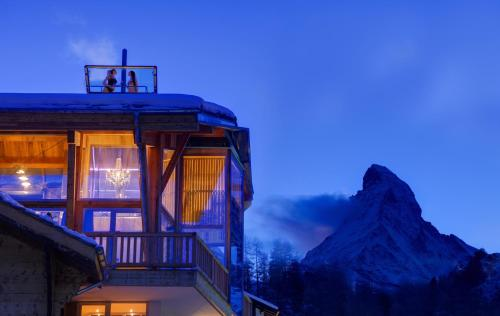 Backstage Hotel Chalet Rooms Zermatt