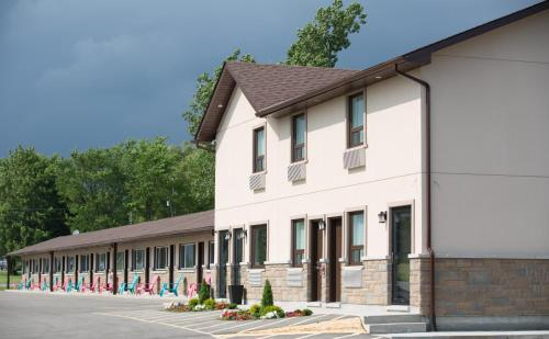 Masterson's Motel - Accommodation - Napanee