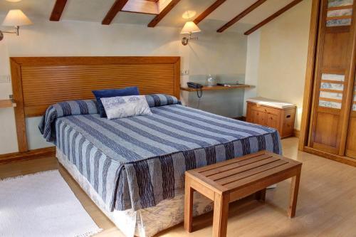 Habitación Doble Superior con bañera de hidromasaje Hotel Mirador del Sella 11