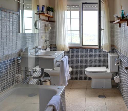 Habitación Doble Superior con bañera de hidromasaje Hotel Mirador del Sella 16