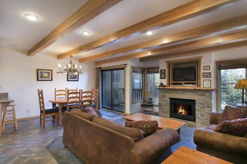 Mammoth Village Properties By 101 Great Escapes - Mammoth Lakes, CA 93546