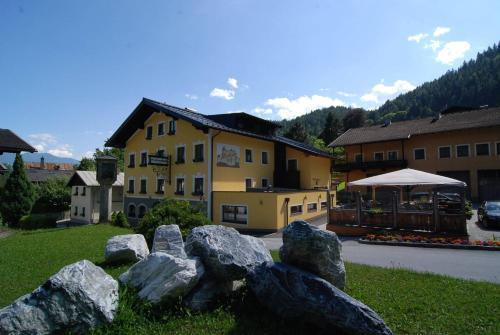 . Werfenerhof
