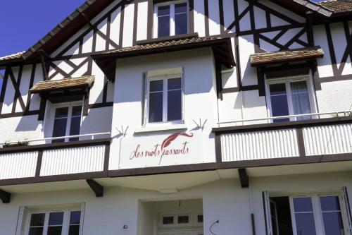 La Villa Les Mots Passants - Hôtel, 24 Avenue Du Géneral