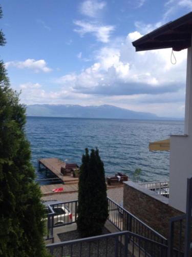 Villa Lakehouse - Elen Kamen