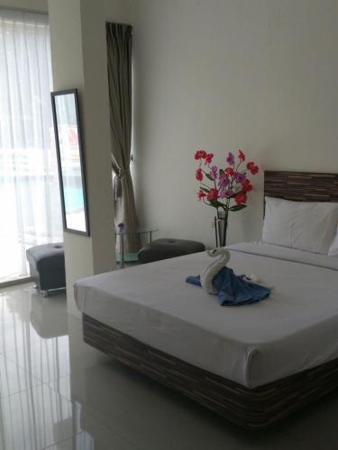 72 Hotel photo 5