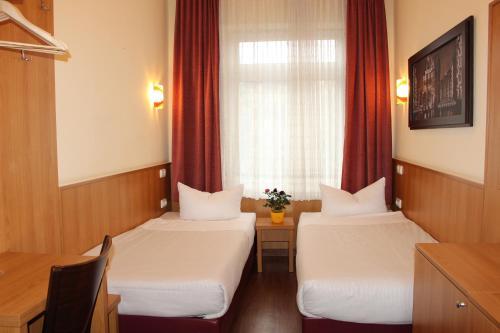 Altan Hotel photo 25