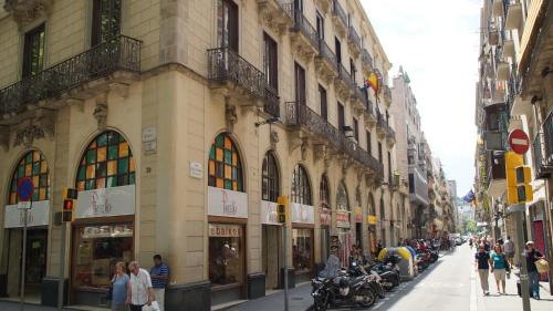 Hostal MiMi Las Ramblas photo 13