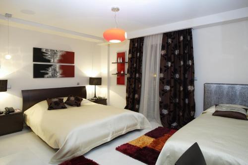 . Dellagio Hotel