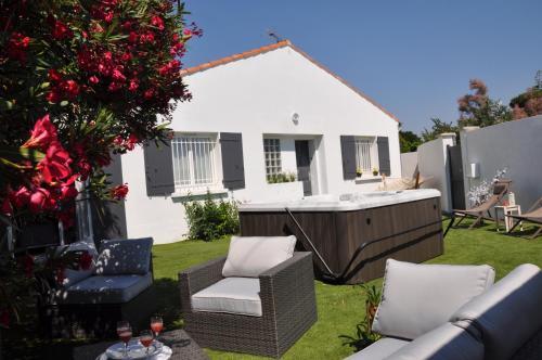 . Holiday in Arles -Villa Jacuzzi