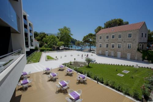 . Hotel Mlini