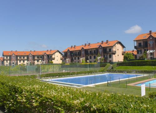 . Abba Comillas Golf Apartments
