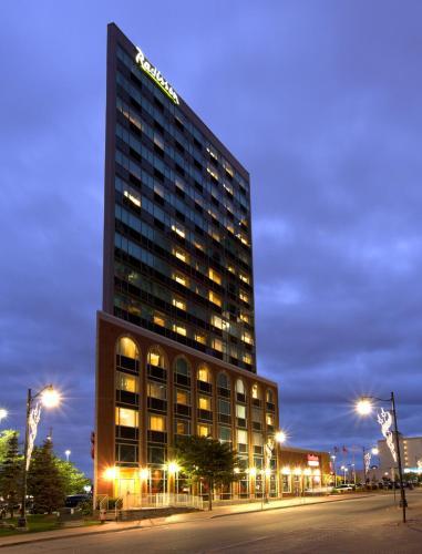 Radisson Hotel & Suites Fallsview Foto principal