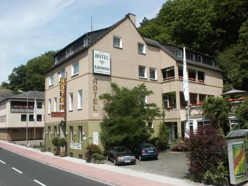 . Edelstein Hotel