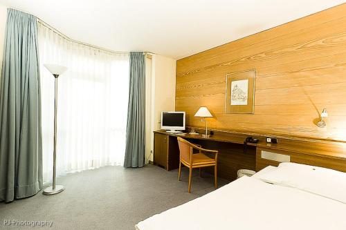 Hotel Alexander Köln Frechen