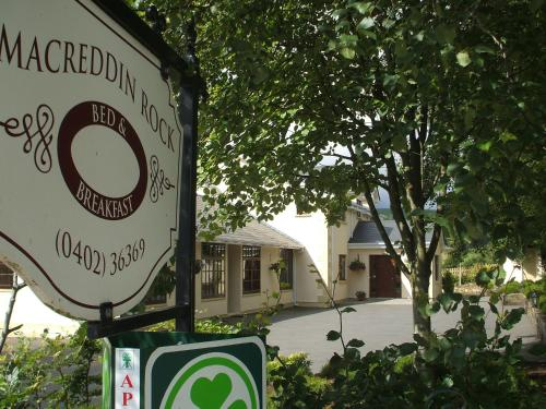 . Macreddin Rock Bed & Breakfast