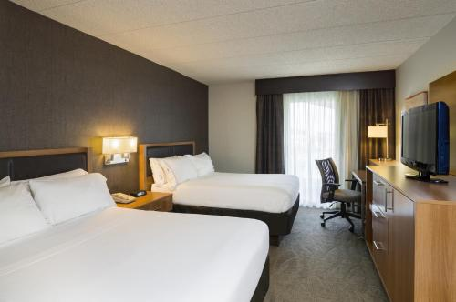 Holiday Inn Express Hotel & Suites King Of Prussia - King of Prussia, PA 19406